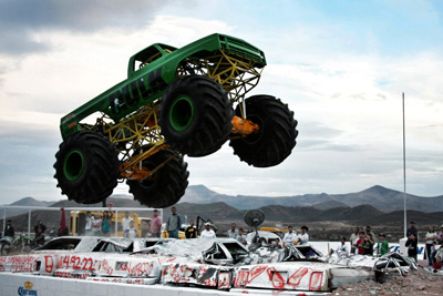 graphic_monstertruck